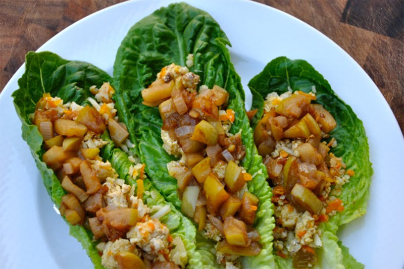 Turkey Lettuce Wraps with Quick Apple Chutney